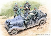 """Where are the damned roads?"" 5 Figures with Dog and German Military Car, WWII era, Polizei-Kübelsitzwagen ab 1937"