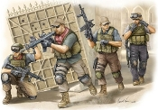 PMC Fire Movement Team in Iraq Figure Set (4)
