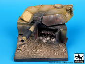 1/35 Destroyed M1A1 Abrams base