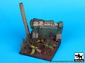 1/35 Destroyed M113 Vietnam base