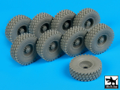 1/35 HEMTT wheels accessories set