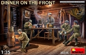 Dinner on the Front: Soviet Soldiers (5) w/Furniture & Accessories